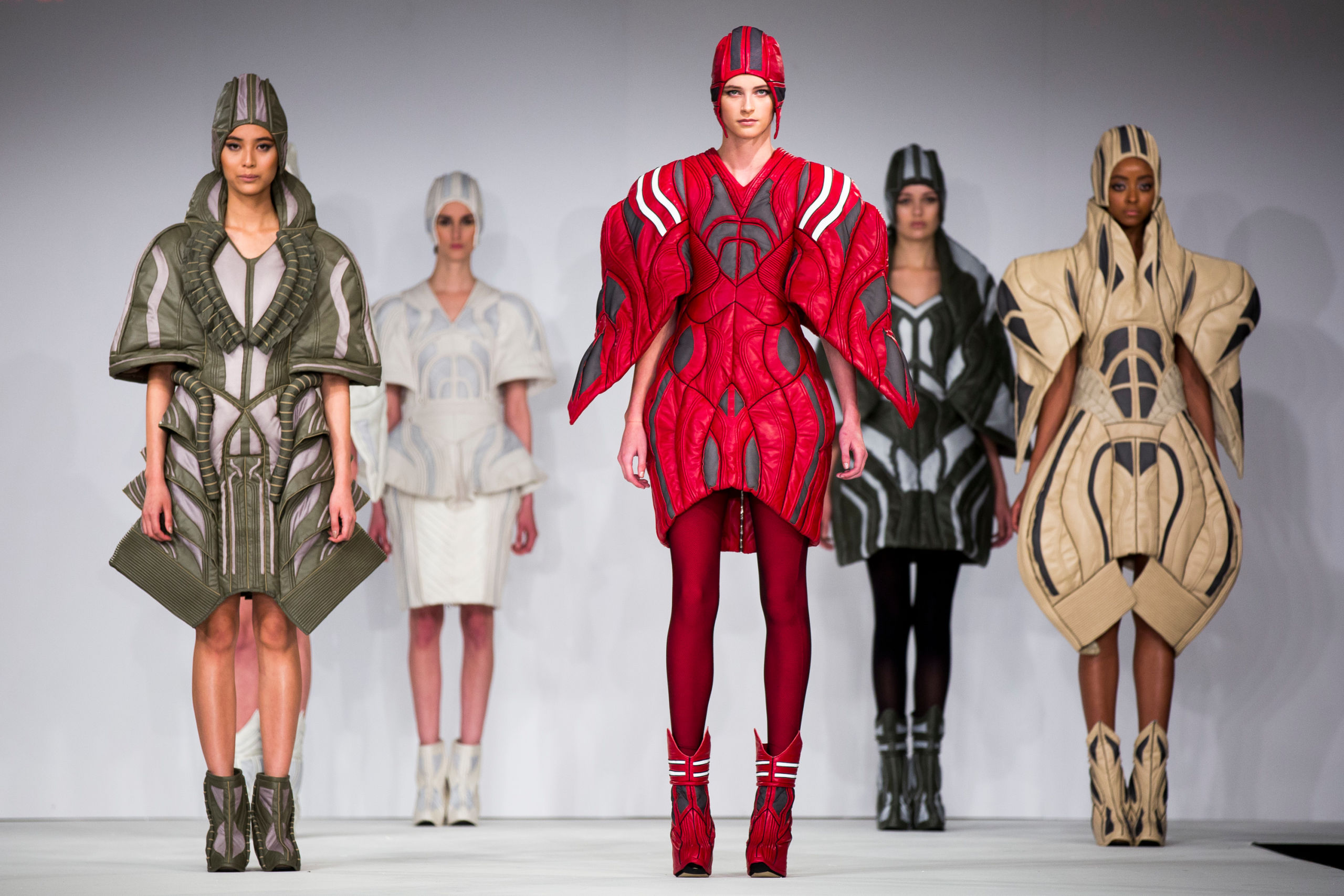 fashion dissertation topics Receive ideas on fashion dissertation topics from experts graduate and post-graduate degree courses in fashion are for those who enjoy using their imagination and talent to create smart clothes.