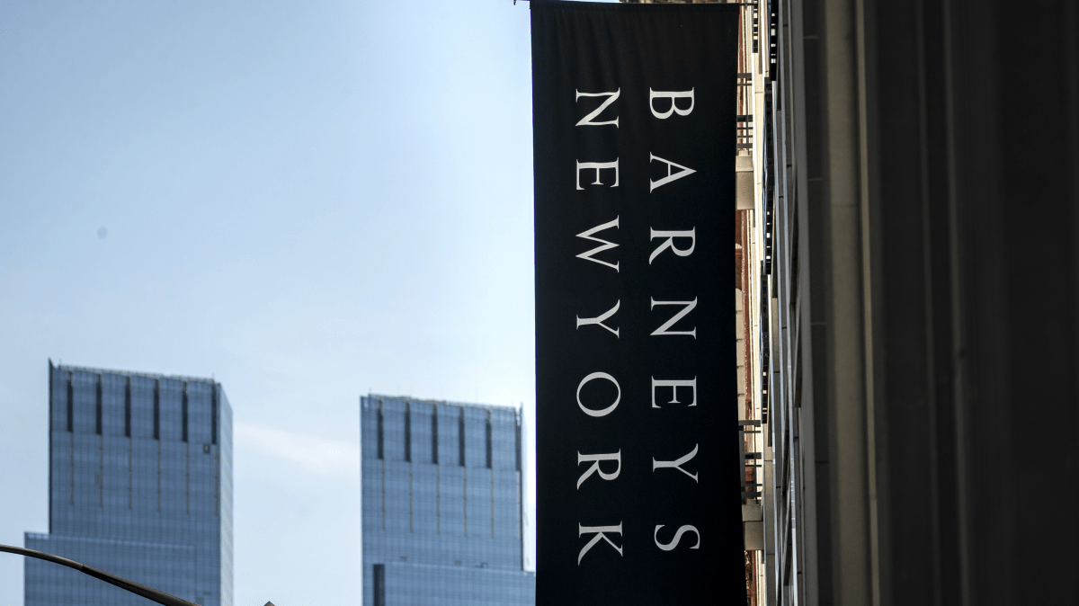 What Small Brands Can Learn From the Barneys New York Bankruptcy