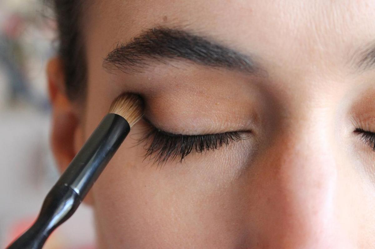 Makeup artist resumes