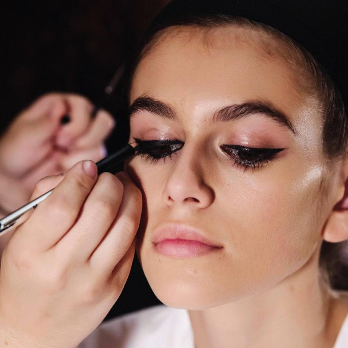 Eye makeup allergy