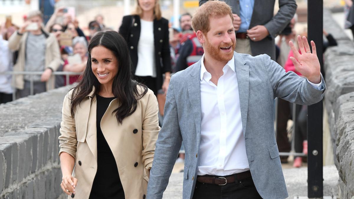 foto Prince Harry and Meghan Markle publish engagement photos