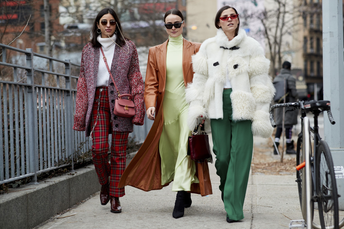 Watch London Fashion Week Spring 2019 Fashion Trends video