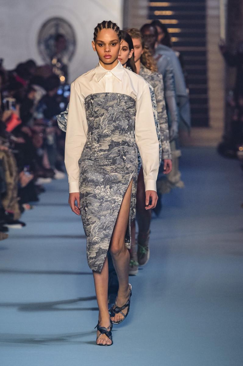 20 Thrift Store Clothes Refashion DIYs - Maker Mama Dress falls off fashion show