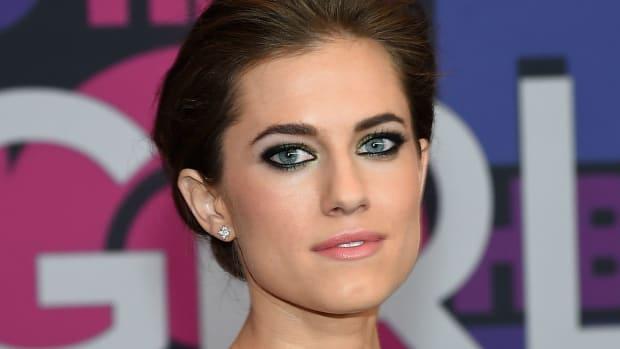 Photo: Allison Williams looking stunning as always.  Jamie McCarthy/Getty Images