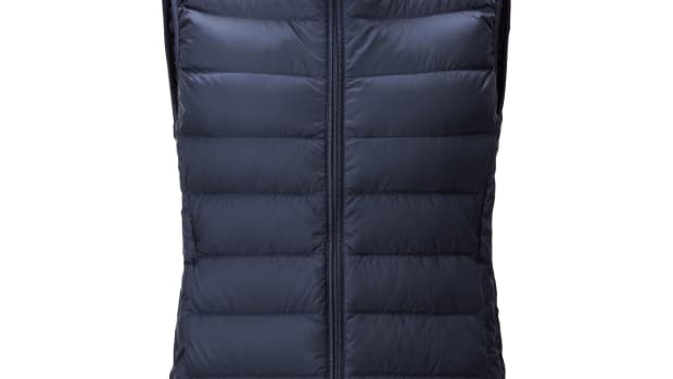 uniqlo down vest.jpg