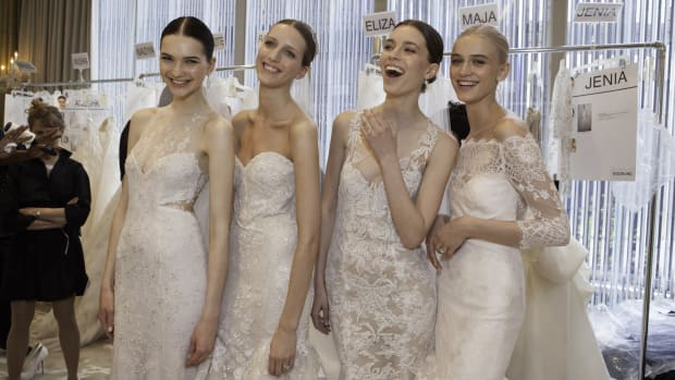 main-monique-lhuillier-backstage-bridal-trends-spring-2016.jpg