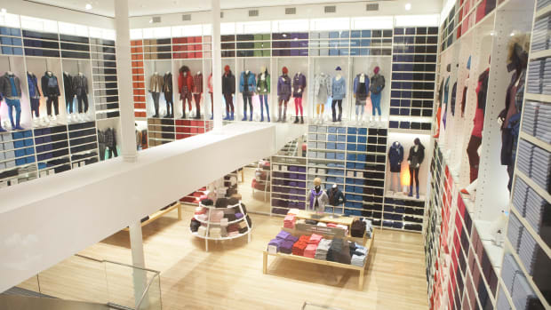 Seattle Uniqlo Store - Fashionista  (1).jpg