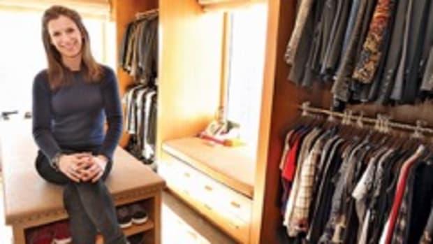 bony150309_home_closet_560.jpeg