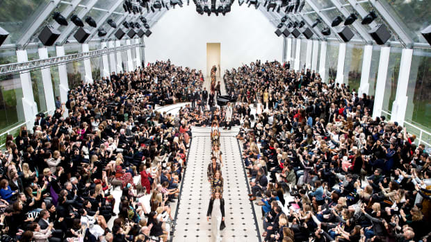Burberry Womenswear S_S16 Show Finale.jpg