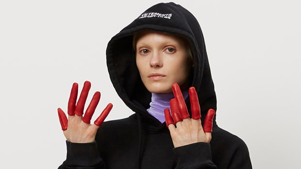 hp-Vetements-Finger-Gloves.jpg