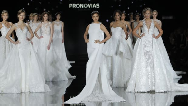Main-Pronovias_Final_093_bridal_show.jpg