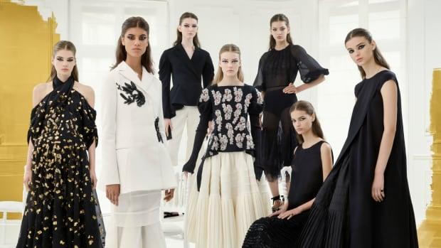 HC_AW16-17_GROUP SHOT_ @Marton Perlaki for Dior.jpg