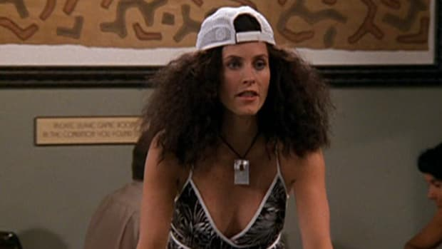 main-monica-friends-frizzy-hair-screengrab.jpg