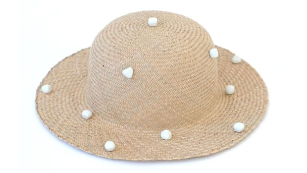 sqpolka_dot_sun_hat-whitebackground.jpg