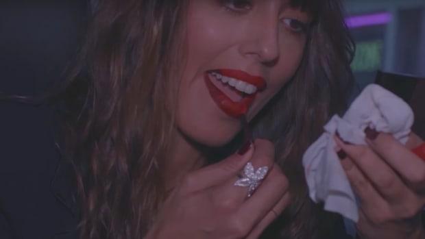 red-lip-promo