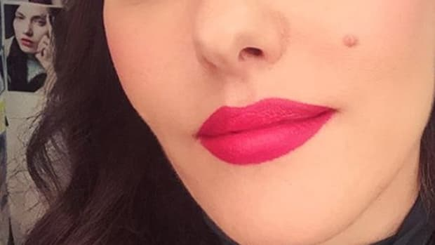 lisa-eldridge-lipstick-pomo