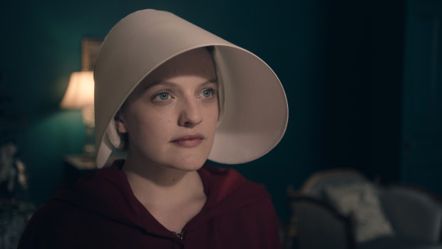 main-elisabeth-moss-then-handmaids-tale-close-up