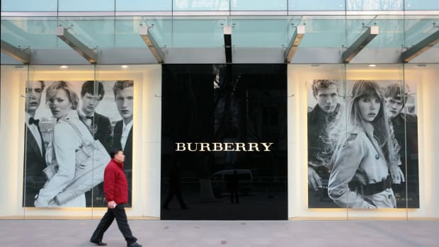 burberry moving jobs to leeds
