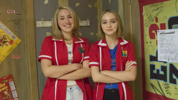main-yoga-hosers-harley-quinn-smith-lily-rose-depp.jpg