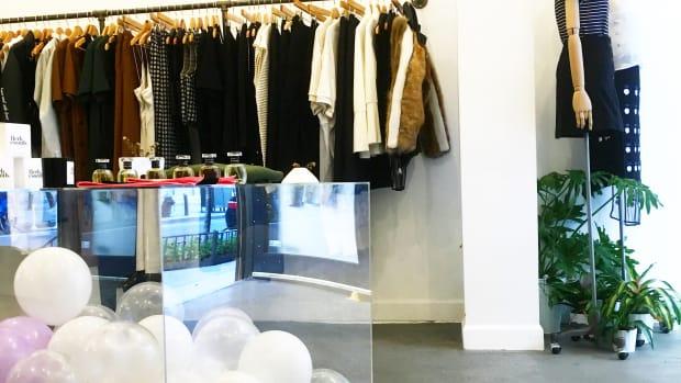 in support of showroom.JPG