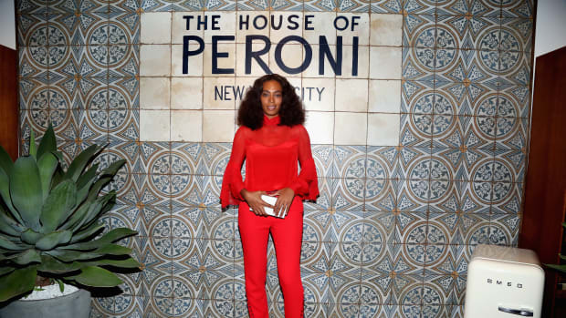 Solange Knowles Kicks Off New York Fashion Week In Head-to-Toe Red e7261c3c7