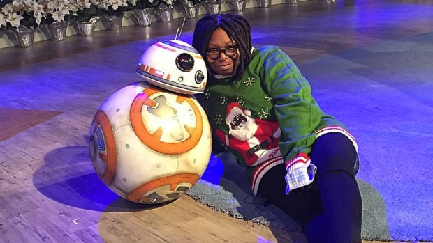 hp-whoopi-goldberg-christmas-sweater.jpg