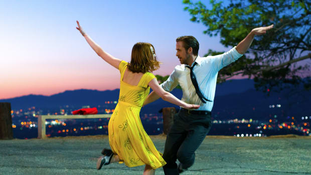 lalaland-emma-stone-yellow-dress-ryan-gosling.jpg