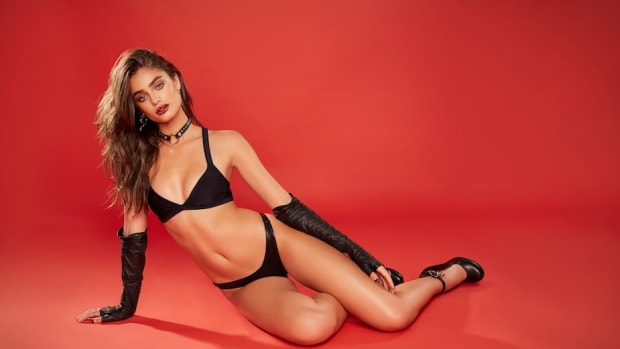 Taylor_Hill_by_Hype_Williams__LOVE_Advent_1.jpg