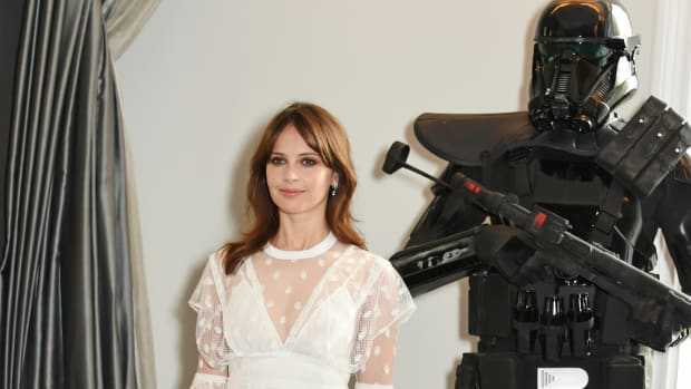 d30822961e98 Felicity Jones in Burberry Outshines a  Rogue One  Death Trooper