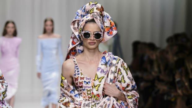 Versace-spring-robe