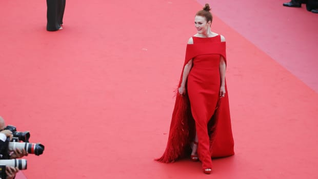 hp-cannes-film-festival-2018-red-carpet-fashion-julianne-moore-everybody-knows