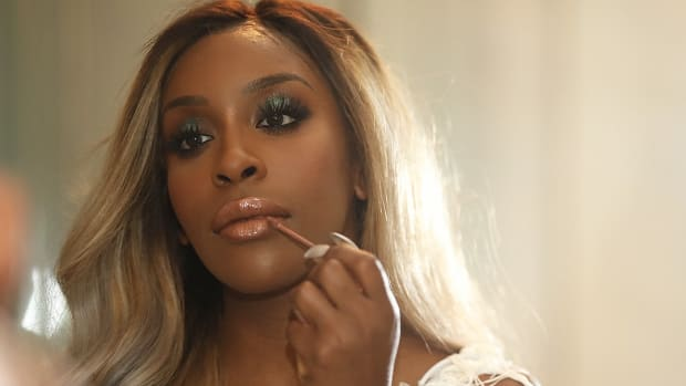 22735c8226 How Jackie Aina Went From Army Reservist to Beauty Influencer Phenomenon  and Activist.