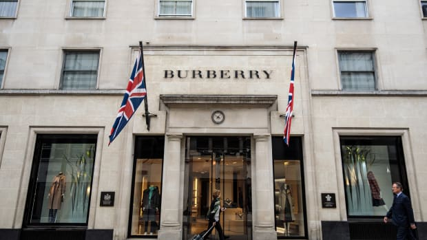 riccardo-tisci-burberry-delivery-cycle-drops-capsule-collections