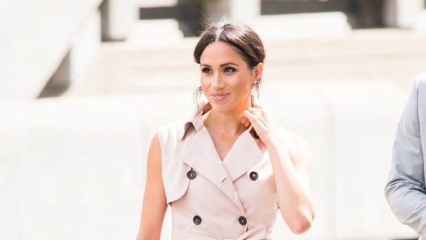 meghan markle nonie trench coat dress