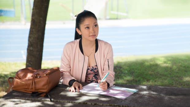 main-to-all-the-boys-ive-loved-before-lana-condor-lara-jean-pink-bomber-jacket-floral-dress