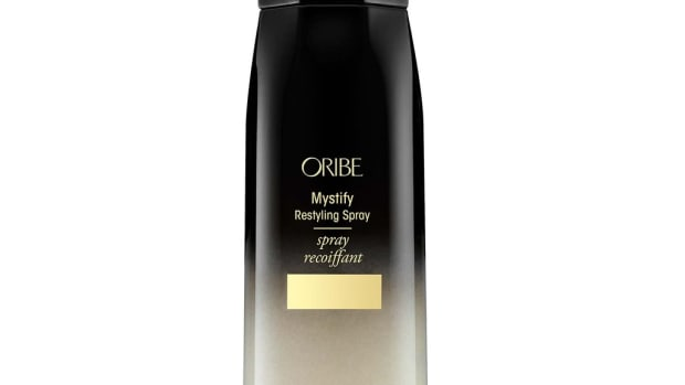 oribe-mystify-restyling-spray