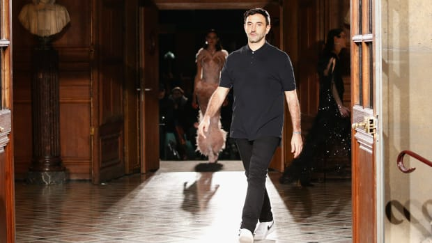 riccardo-tisci-burberry-debut
