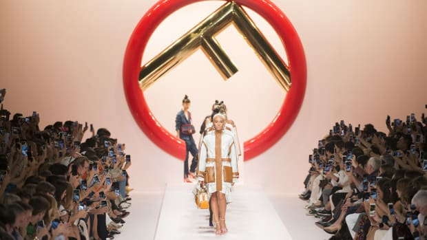 fendi spring 2019 runway show collection-
