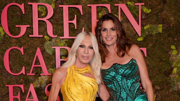 green-carpet-fashion-awards