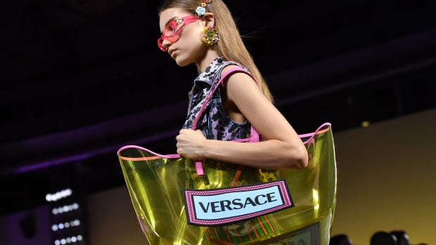 hp-michael-kors-buying-versace-acquisition