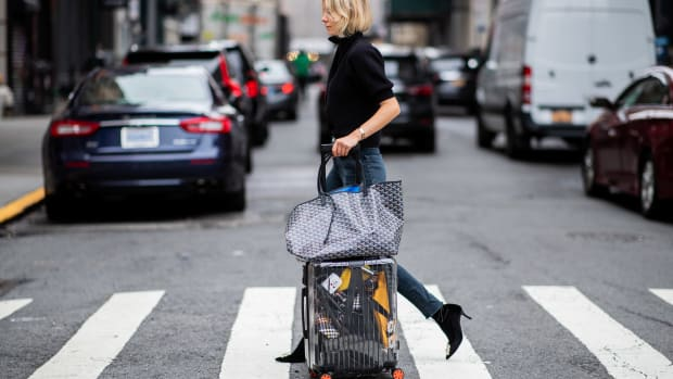fashion-month-editors-travel-packing-tips