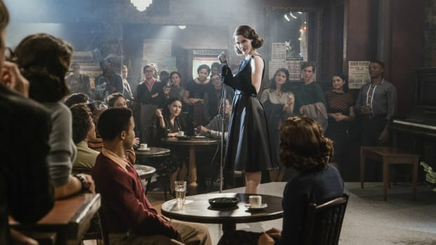 marvelous-mrs-maisel-outfits-accessories-reinvention-th