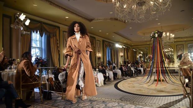 cinq-a-sept-contemporary-fashion