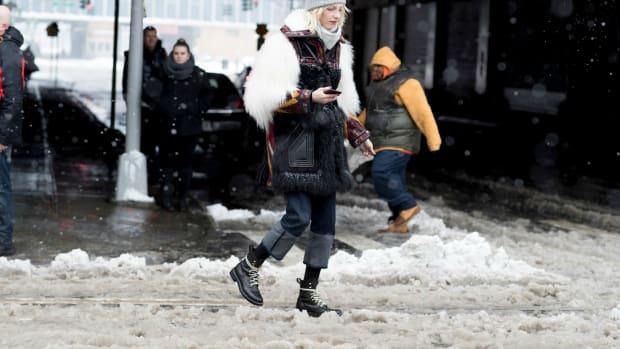 snow-boots-shop
