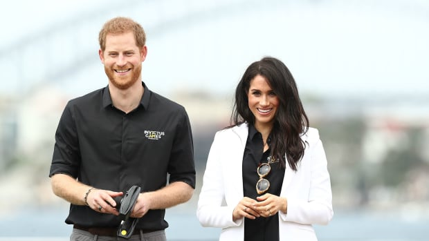 megan-markle-prince-harry-invictus-games-matching-shirts