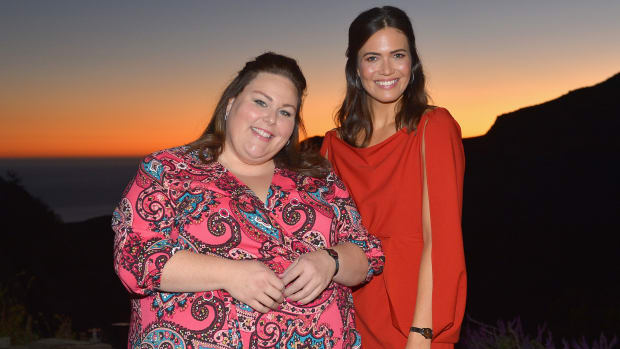main-chrissy-metz-mandy-moore-fossil-dinner