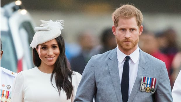 meghan-markle-wore-white-zimmermann-dress-th