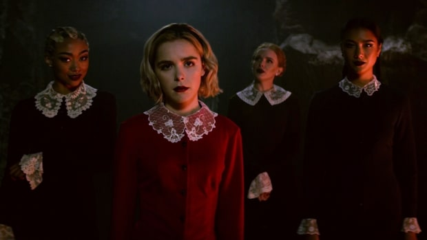 main-chilling-adventures-of-sabrina-kiernan-shipka-weird-sisters-bright