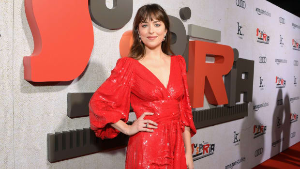 dakota-johnson-hedi-slimane-celine-red-carpet-debut-th