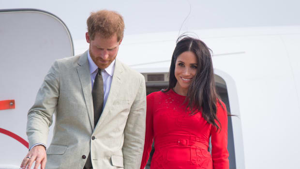 meghan-markle-red-self-portrait-dress